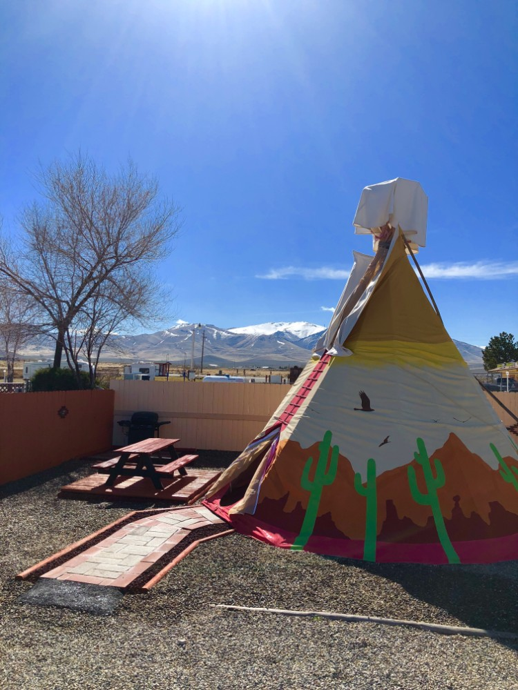 furnished tipi to rent